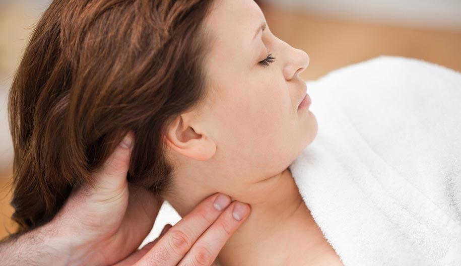Краниосакральная терапия в качестве пациента женщина